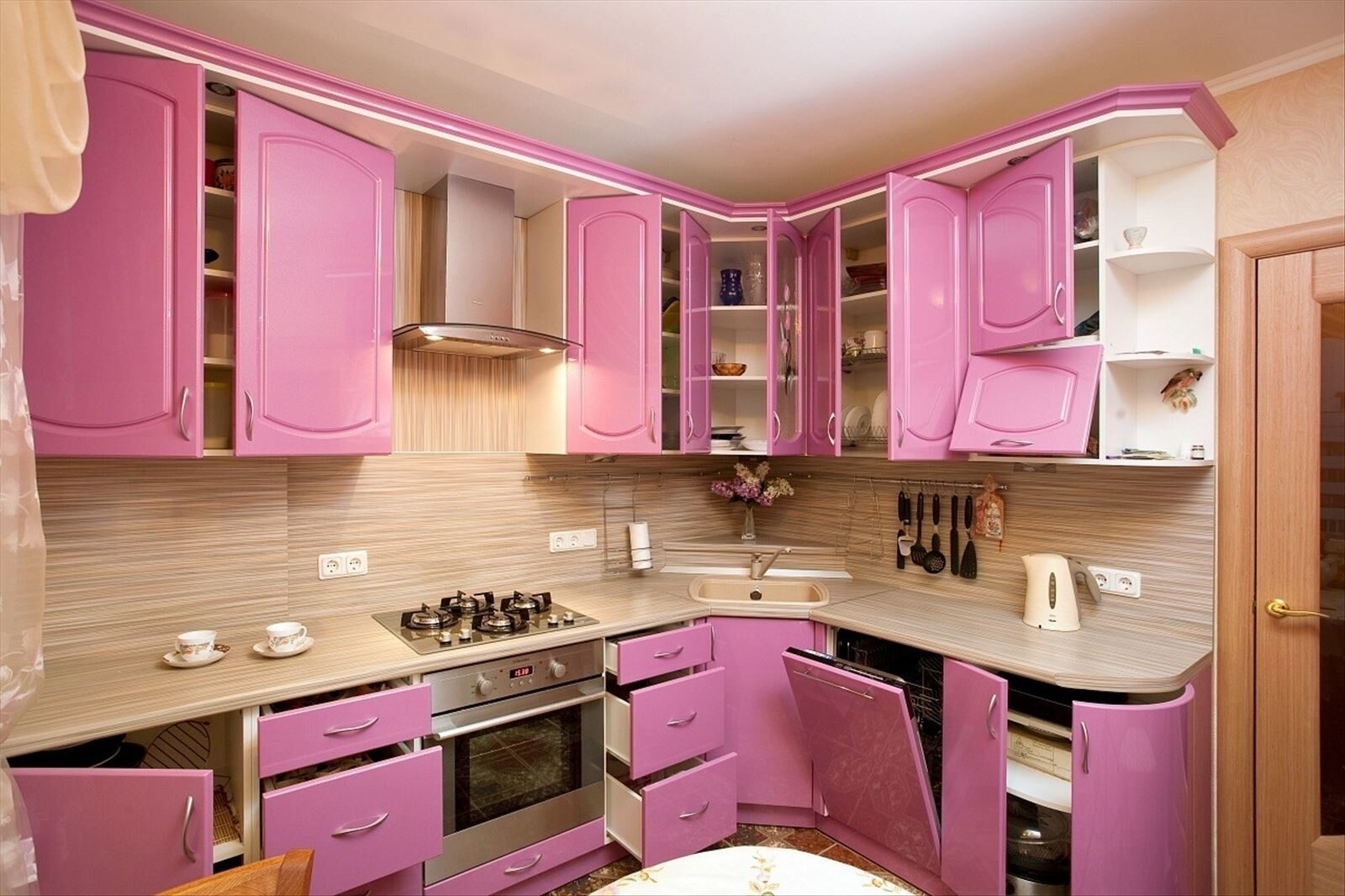 РозоваЯ кухнЯ фото.