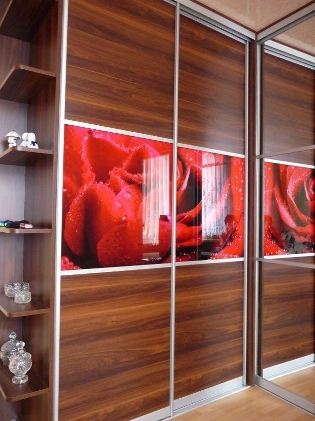 Красные шкафы купе фото.